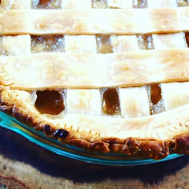 Lets talk pies What do you make or bring forhellip