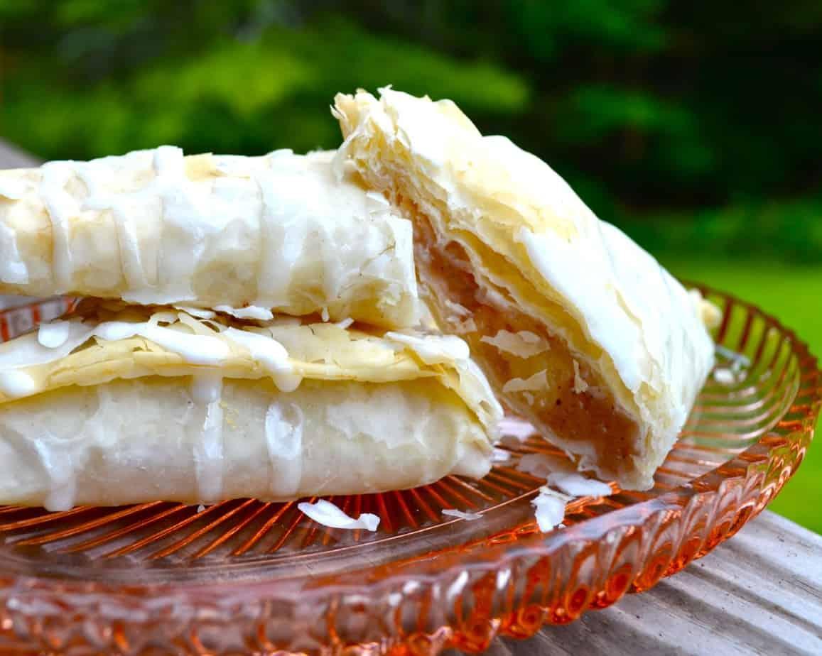apple turnover - mini apple hand pie