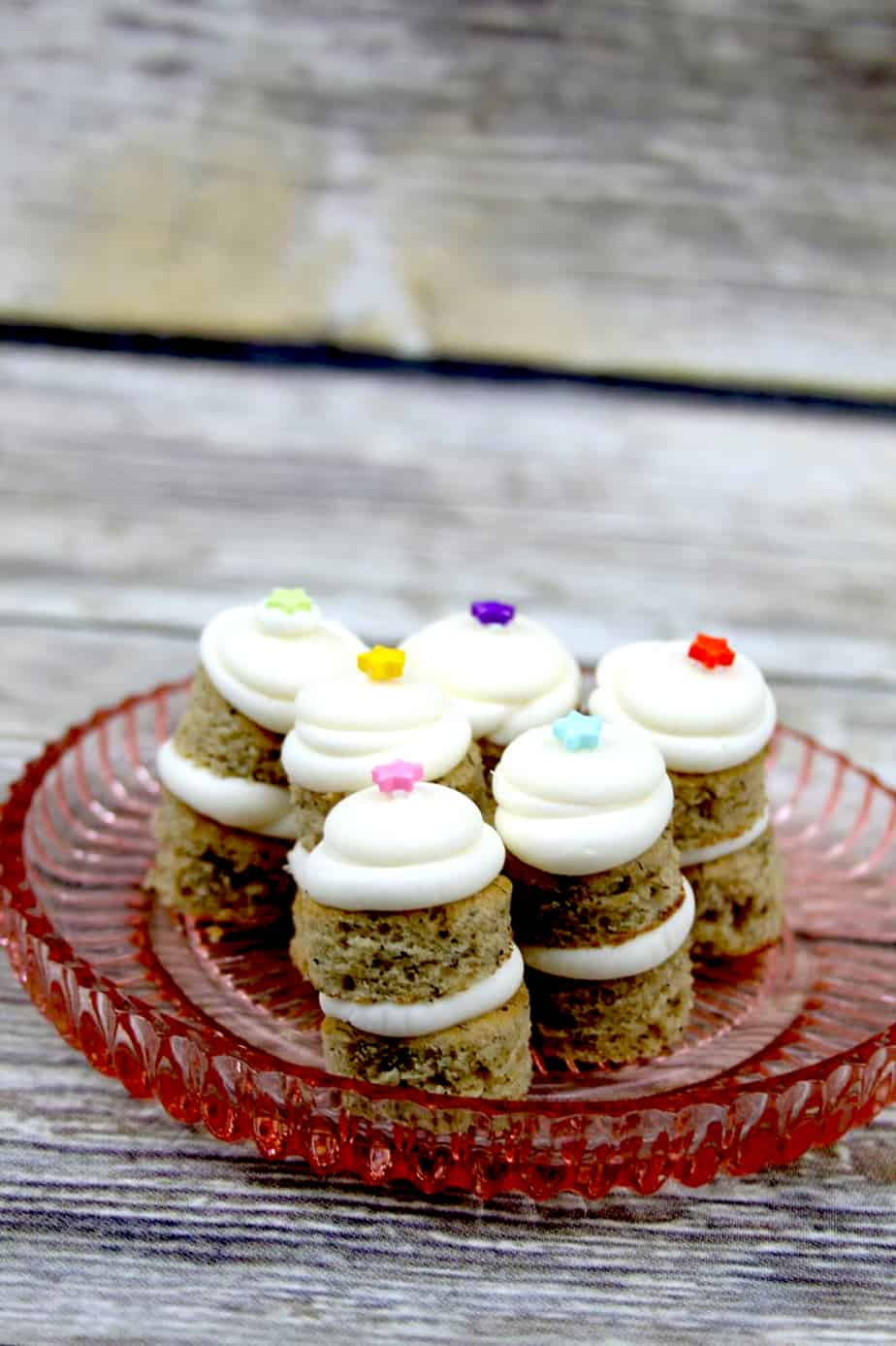 small banana cake cream cheese frosting