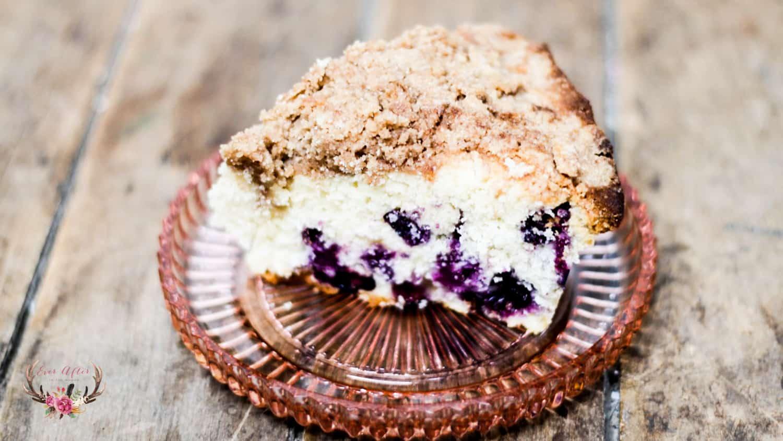 bleberry crumb cake