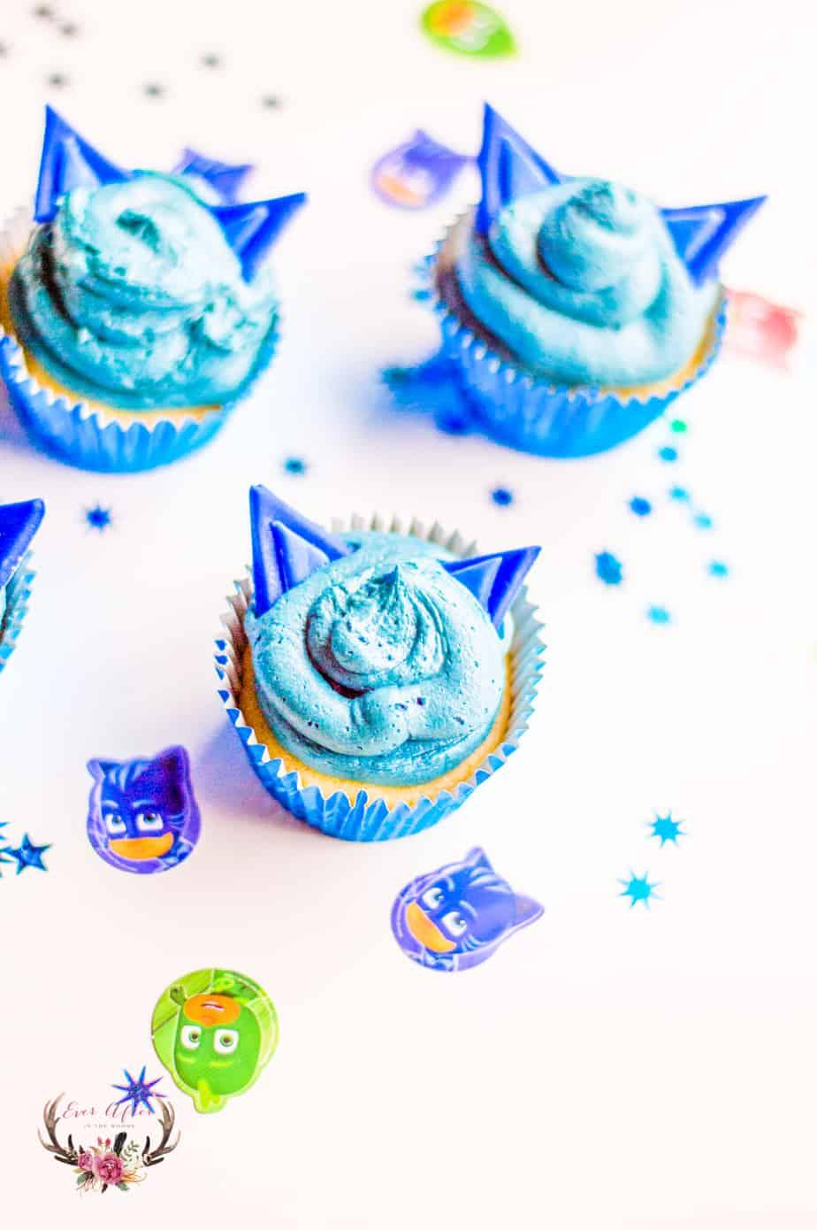 PJ MASKS Cat Boy Cupcakes