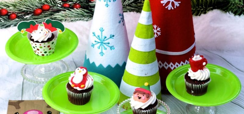 Easy Holiday Cupcakes for the Classroom and beyond!