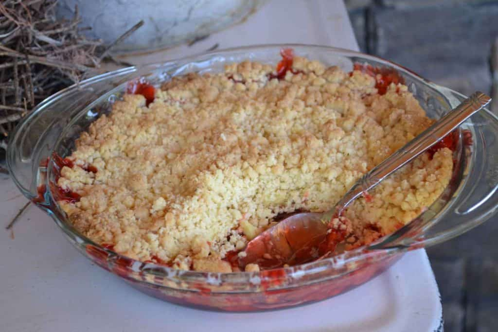 easy-cherry-crumble-from-cake-mix