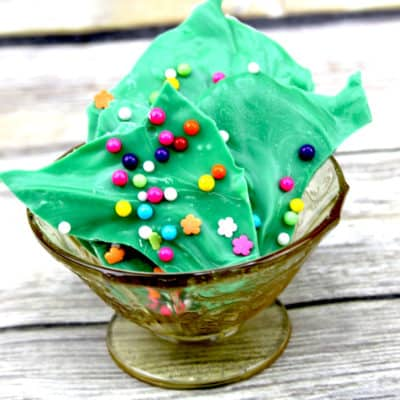how to make colored chocolate bark