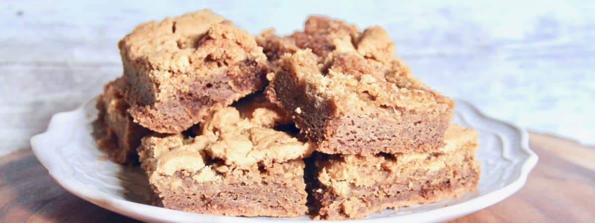 A New Christmas Cookie Gingerbread Blondies