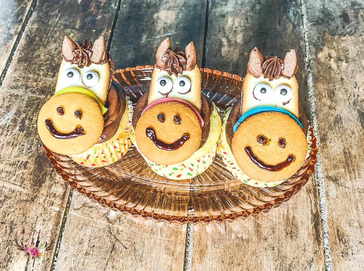 horse cupcake topper for birthdays