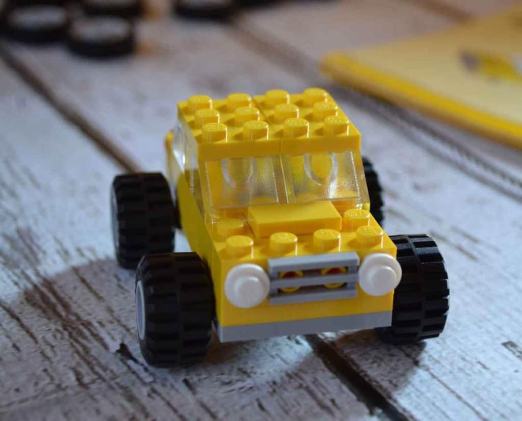 lego-classic-taxi-cab