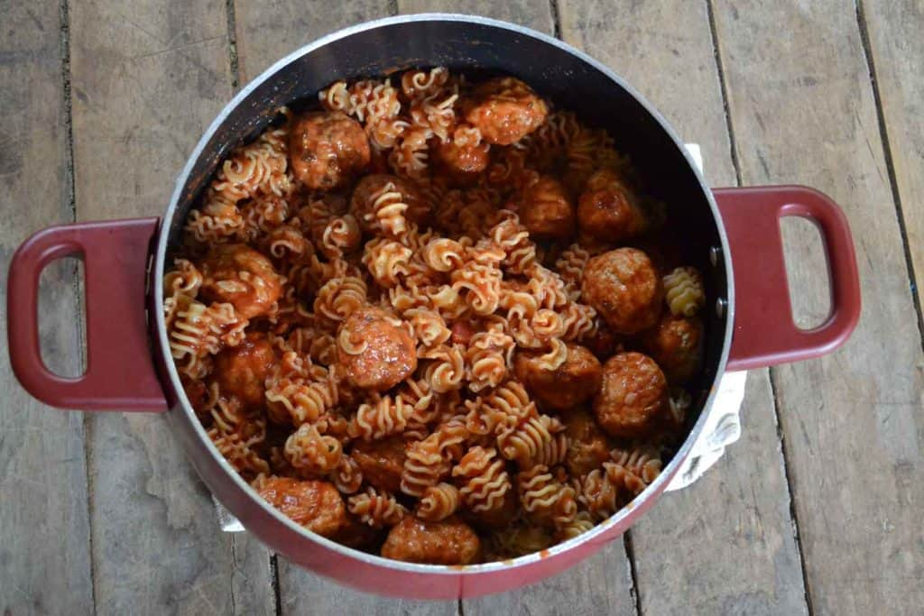 meatball-pasta-bake-back-to-school