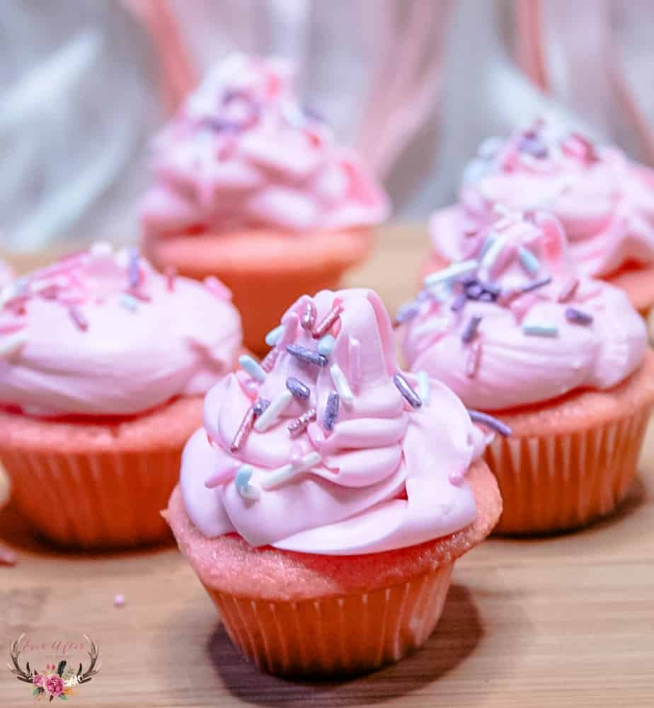 Pink Champagne Cupcakes Perfect for dessert for Awards Night