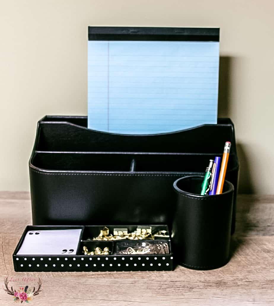 college freshman desk essentials