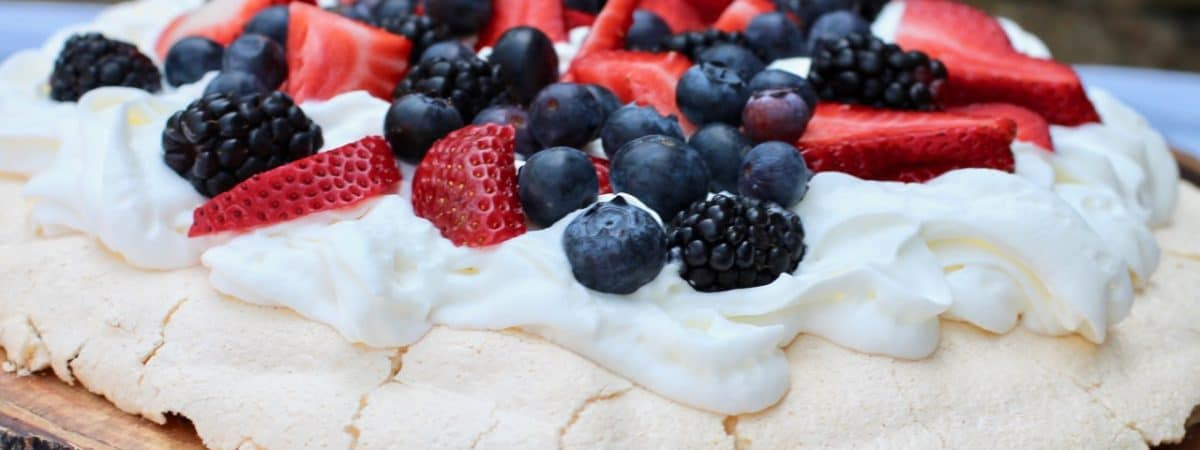 how to make a pavlova shell