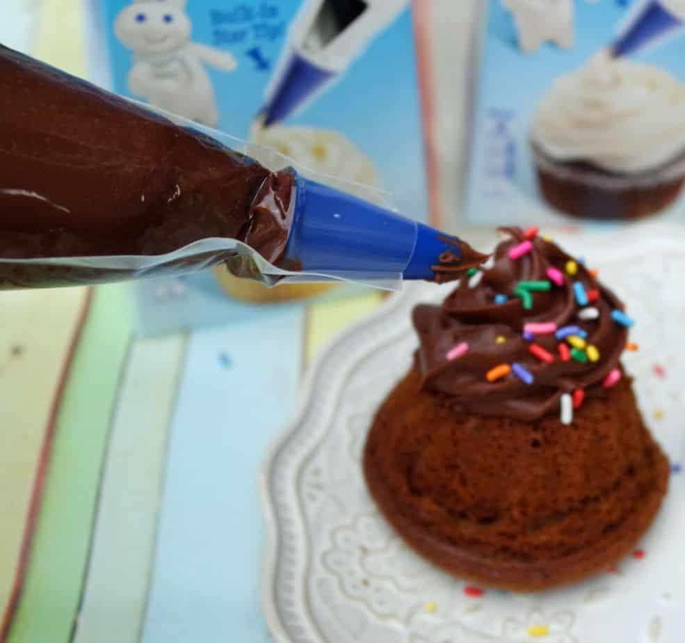 pillsbury frosting bags