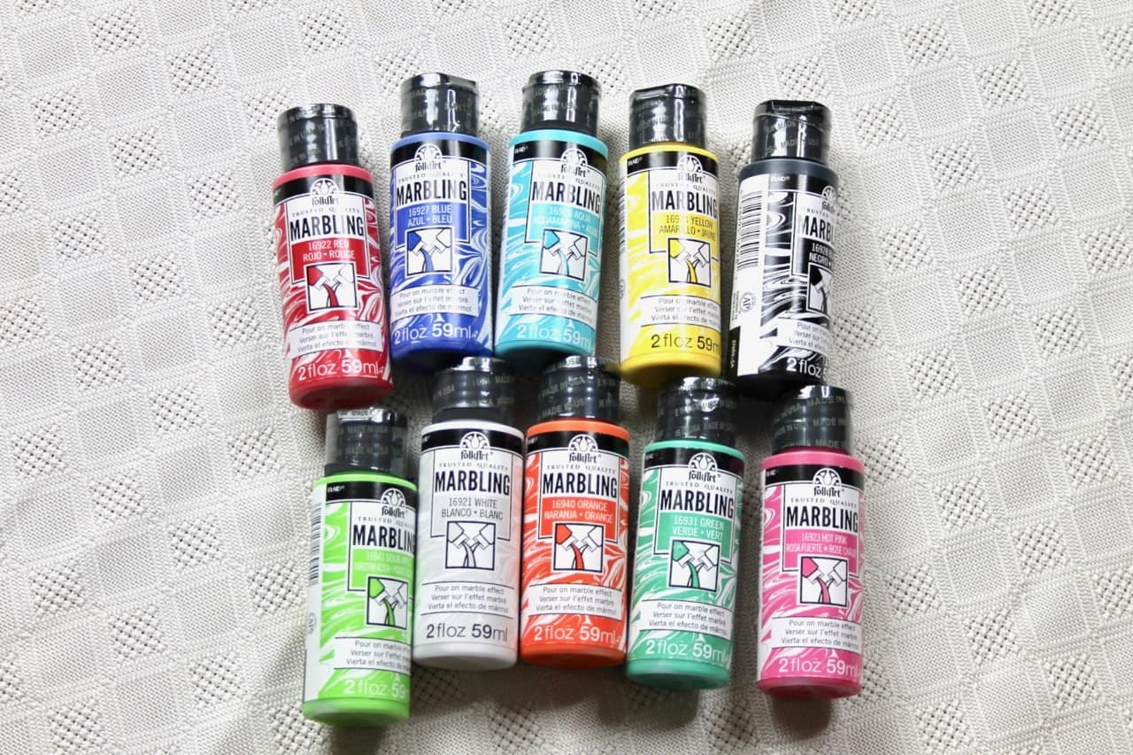 plaid folk art marbling paint