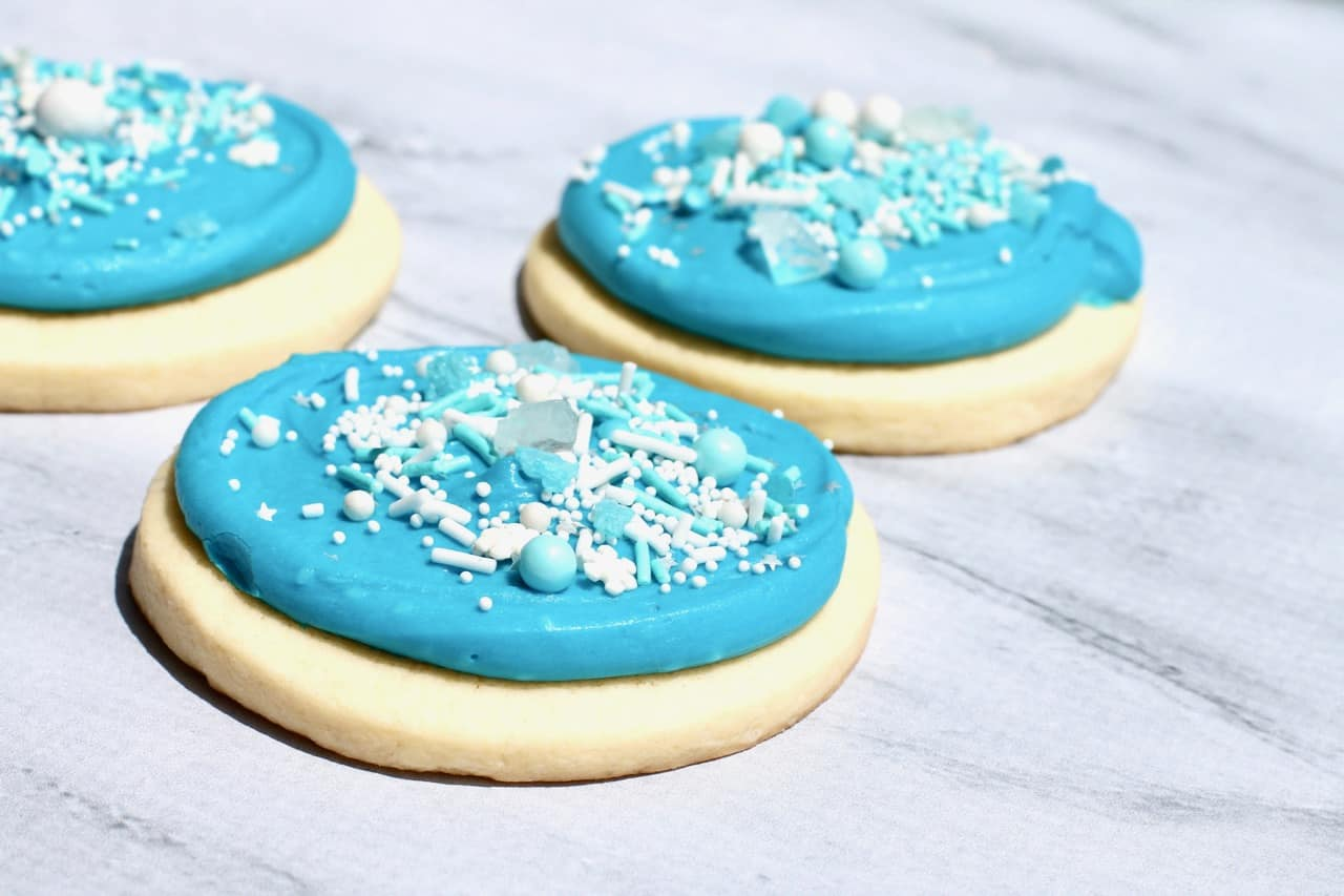 thick and soft bakery style cookies for frozen and frozen 2 birthday party