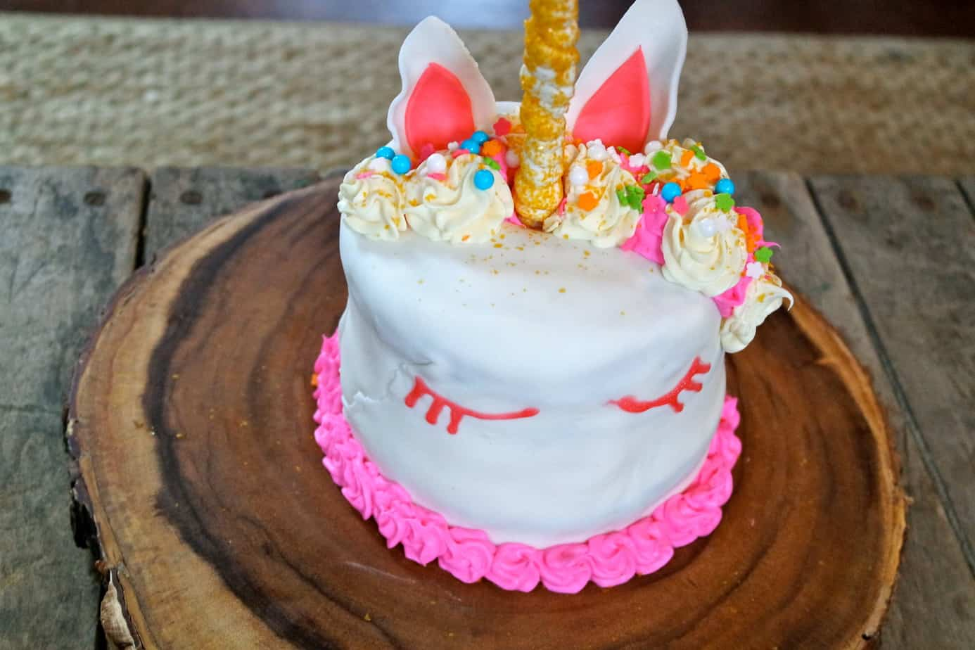 unicorn girl birthday party