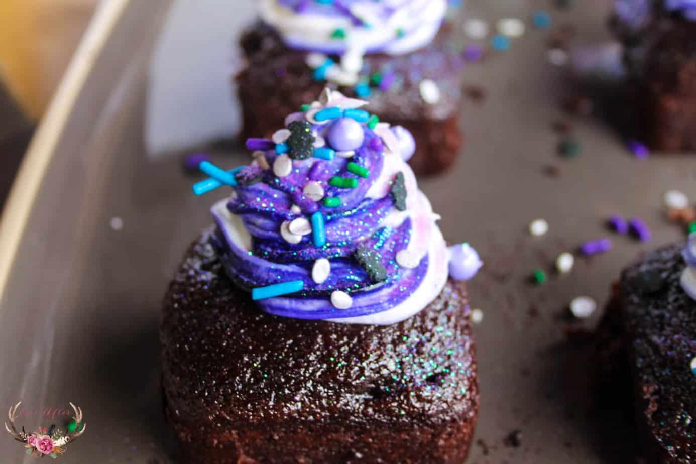 close-up chocolate mini cake