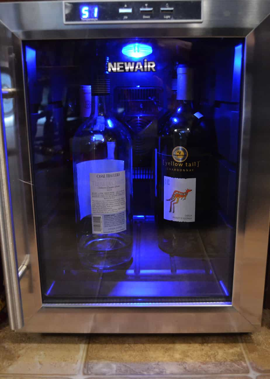 newair aw 121e 12 bottle countertop thermoelectric stainless steel wine cooler review ever. Black Bedroom Furniture Sets. Home Design Ideas